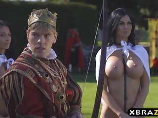 King romps his chesty promiscuous servants Jasmine and Anissa