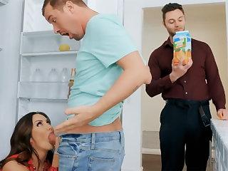 Wife's big confidential seduced nanny to fuck hardcore