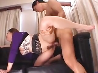 Chinese Bawd With Wooly Puss Gets Group-Smashed