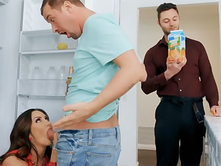 Wife's big confidential seduced nanny to fuck hardcore