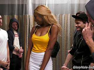 Insatiable ebony slut Kinsley Karter goes profligate in the glory hole room