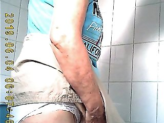 voyeur granny toilet 6