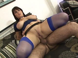 Big ass mom rides hard and swallows the jizz