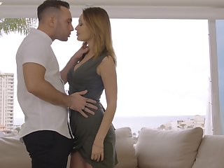 Russian golden digger Mia Ferrari gives a blowjob round duo rich guy on the first date