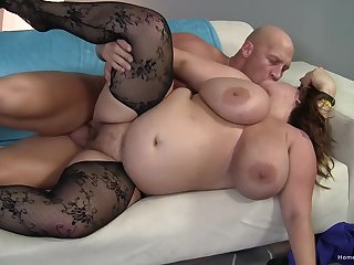 Horny BBW collects cum in her mouth after she has been done good