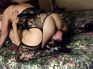 Filming my girl in a hostelry - cuckold