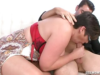 Auntie sucks the dick so fine that the young lad cums on her tits