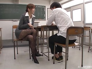Handsome Japanese college tutor Hatano Yui enjoys having nice making love