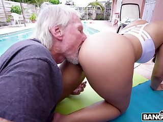 Hypnotizing PAWG Kosame Dash is fucked constant by old timer