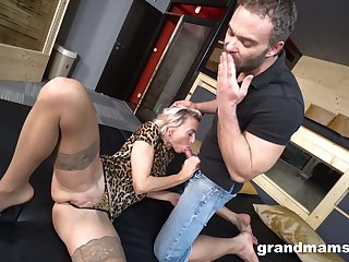 Fabulous scenes of naughty hard sex for a tight blonde