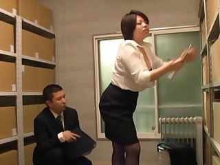 Pretty Japanese chick gets her pussy licked and fucked in the office