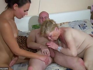 Hot Threesome Brunette Young Masturbating With Grandma And Scrounger