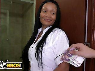 Big Ass Mature Latina Maid Casandra Sucks Peter Green's Dick Be advisable for Cash Money - Peter green